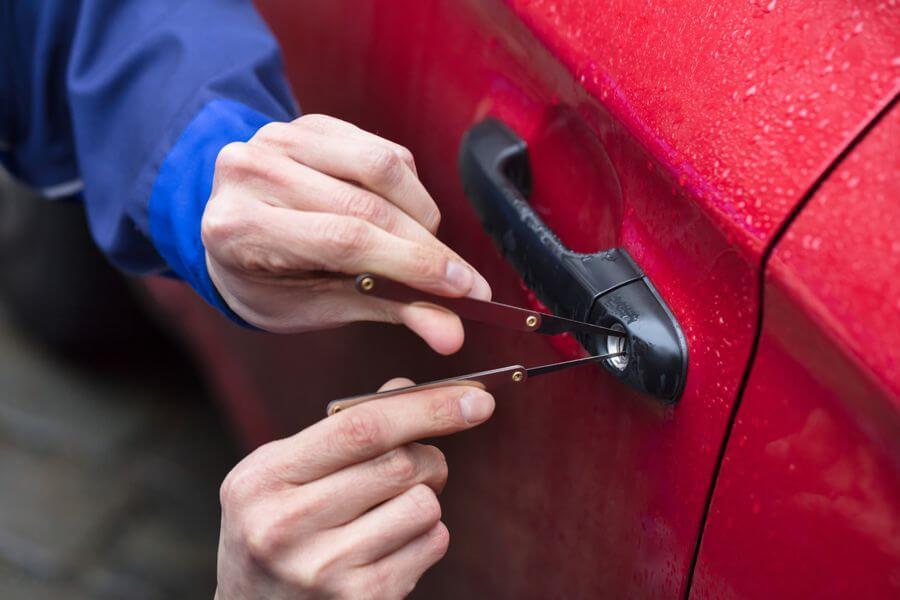 Schlüsseldienst Obertürkheim Autoöffnung